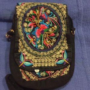 NWOT, Embroidery Flower Pattern Shoulder Bag